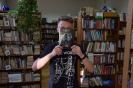 SLEVEFACE, czyli ubierz się w książkę_67